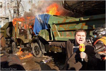 Barricade Institut/Chovkovycthna Bernard Grua