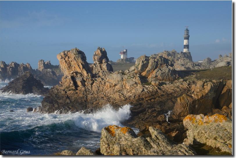 Ouessant, pointe de Pern, sémaphore et phare de Créac'h. Photo B. Grua