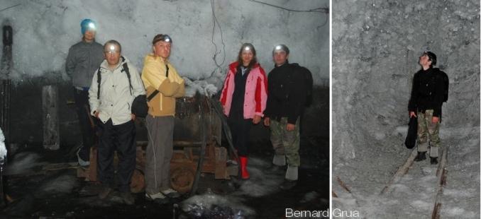 En s'enfonçant dans la galerie, le ruissellement stoppe. La condensation cristallise sur le permafrost tout en devenant plus fine vers le fond.