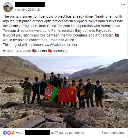 Afghan et ingénieurs chinois dans le corridor du Wakhan en vue d'un raccordement par fibre optique.