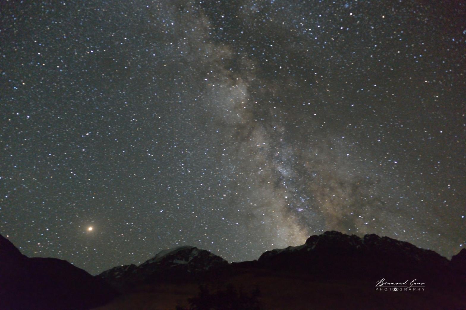 Voie lactée, nuit, Zoodkhun, vallée de Chapursan par Bernard Grua