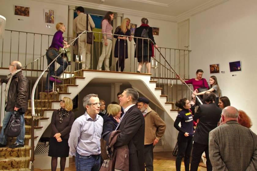Novembre 2014, vernissage en présence de l'ambassadeur d'Ukraine de l'exposition photos de Bernard Grua sur la révolution du Maidan