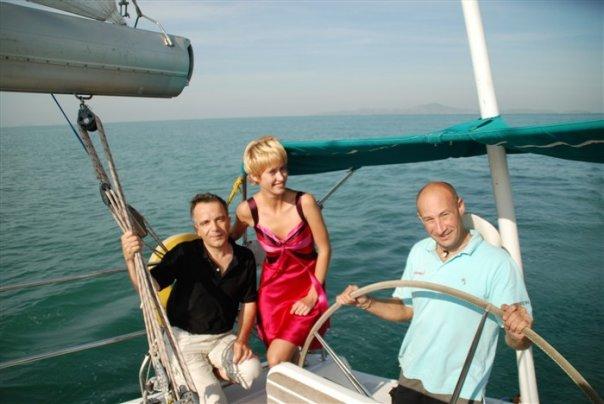 """Bernard Grua, navigation sur le maxi """"El Coyote"""" avec Natalia M; et un équipier australien. Golfe de Siam"""