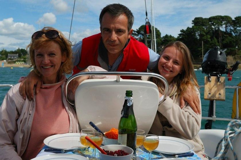 Bernard Grua, navigation avec Natali et Katerina K., amies russes, sur le Golfe du Morbihan, Bretagne.