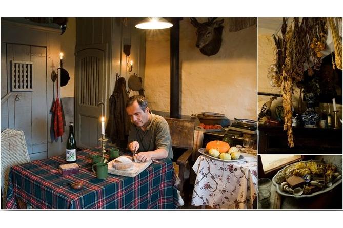 Bernard Grua, mise en scène à Guiscriff dans une maison ancienne. Centre Bretagne.