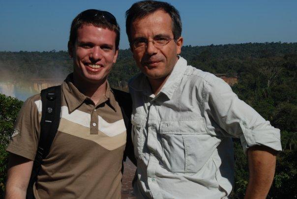 Bernard Grua, devant les chutes d'Iguazu, côté Brésilien.