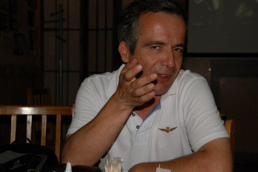 Bernard Grua, exposé au London club d'Ivano-Frankivsk, Ukraine