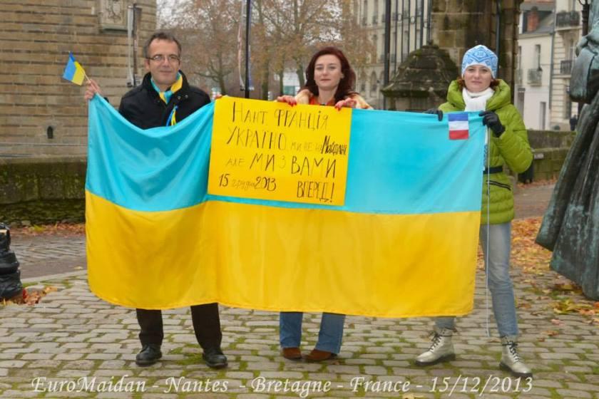 Bernard Grua et flashmob à Nantes en soutien à l'Euromaidian de Kiev, Nantes 15 décembre 2013