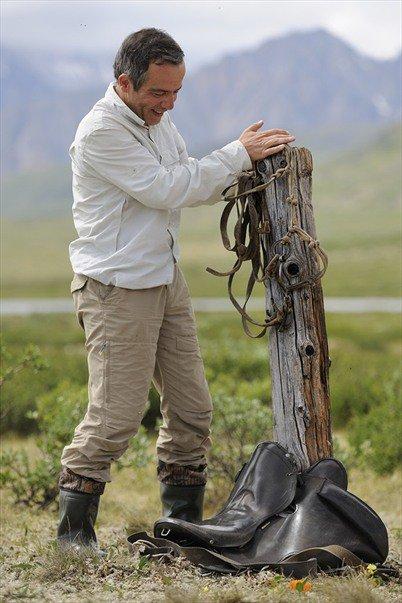 En Sibérie, Bernard Grua dans les Monts Saian orientaux, au pied du Munku Sardyk marquant la frontière avec la Mongolie.