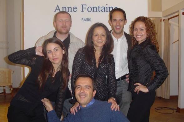 Avec l'équipe d'un client dans une de ses boutiques de Soho, New York. Etats Unis.