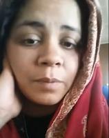 """Curieusement et ironiquement, Ramla Akhtar, alias Rmla Aalam, rapporte une rumeur affirmant quelle est une terroriste. C'est l'une des différentes théories du complot dont elle est familière. Voir l'article : """"Qui ose dire que Rmala Aalam, alias Ramla Akhtar, est une terroriste ?"""" (en anglais). Son approche est originale, non seulement parce qu'elle est une femme, mais aussi parce qu'elle instrumentalise le féminisme moderne, la lutte contre le patriarcat en Asie centrale, les préoccupations pour l'environnement, les considérations relatives au développement, la prédication « religieuse », la condition de la mère célibataire et la lutte contre la non-discrimination."""