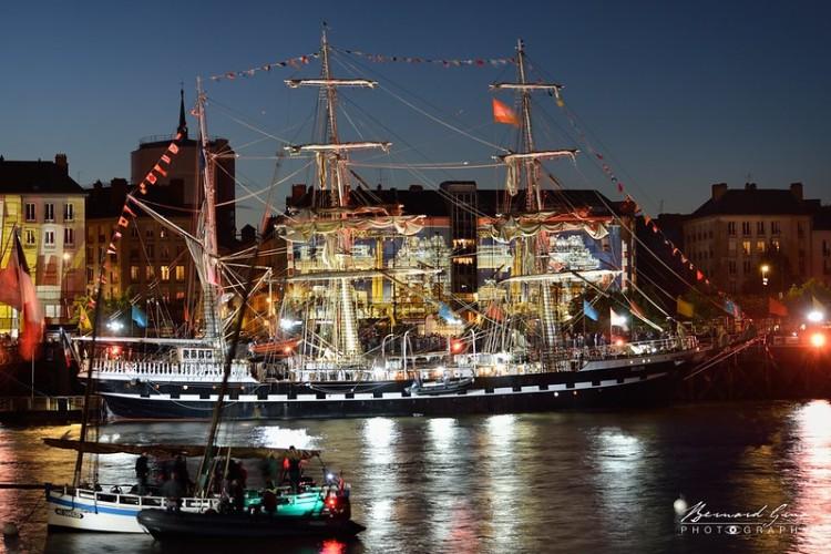 Bernard Grua, heure bleue, blue hour, Nantes, navire Belem