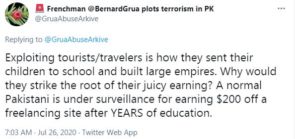 Ramla Akhtar s'oppose au tourisme, car il contribue  aux moyens de subsistance  des habitants des montagnes ainsi qu'à l'instruction de leurs enfants.