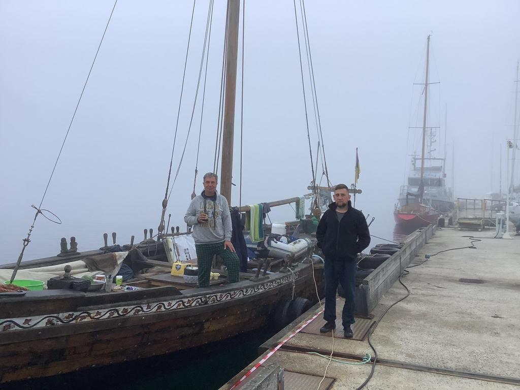 Козацька чайка «Пресвята Покрова»: Ранковий туман у Камаре